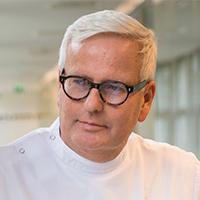 Dr. Edwin Winkel